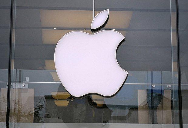 Apple svým iPhonem definoval způsob ovládání telefonů