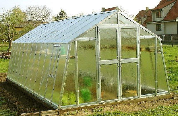 skleník Variant od společnosti Limes