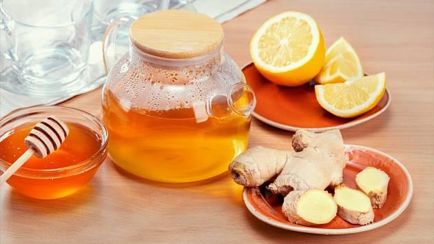 Med, citron a zázvor. Elixír, který posílí imunitu