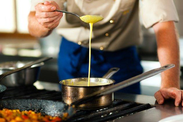 omáčka kuchař