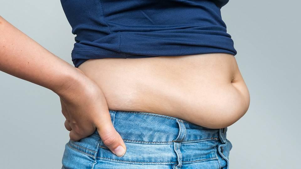Trápí vás špeky na břiše? Eliminujte následky chronického stresu