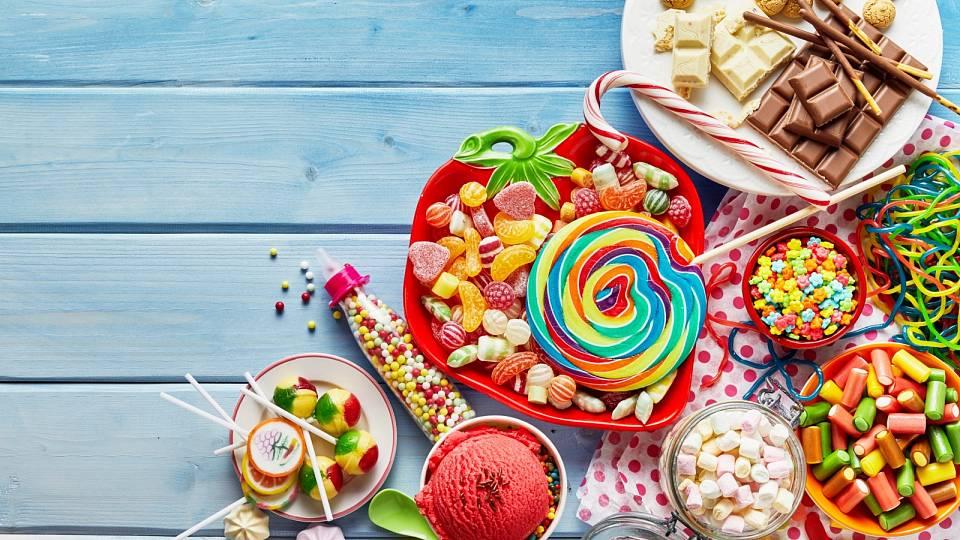 Jak se zbavit chutí na sladké po jídle