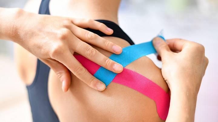 Kineziotaping a jeho využití ve sportu a fyzioterapii