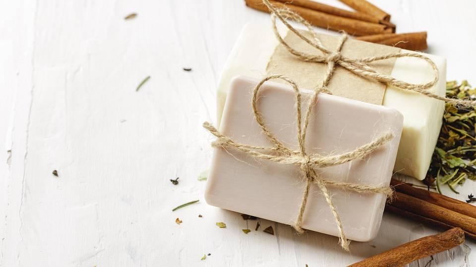 Vyrobte si antibakteriální mýdlo sami doma. Je to snadné