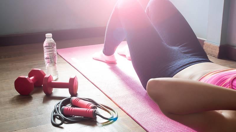 Cvičte doma. nepotřebujete fitko.