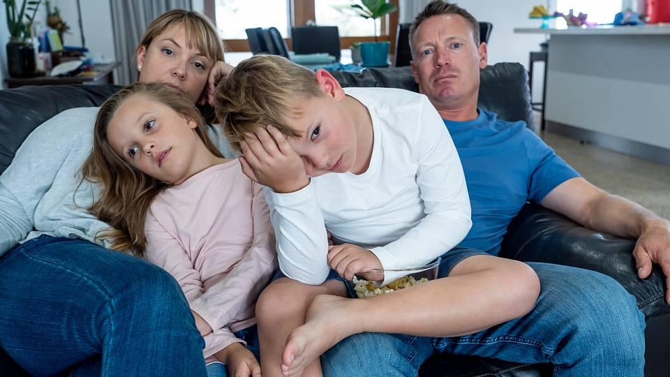 Jak v rodině uvolnit napětí, když jsou všichni zavření doma?