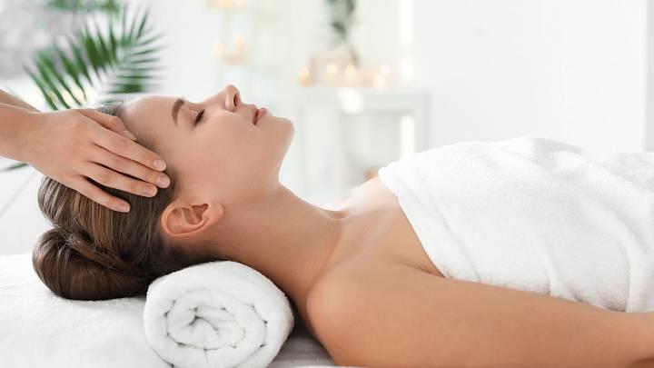 Pravidelná masáž snižuje napětí, uvolňuje svaly a napomáhá jejich regeneraci
