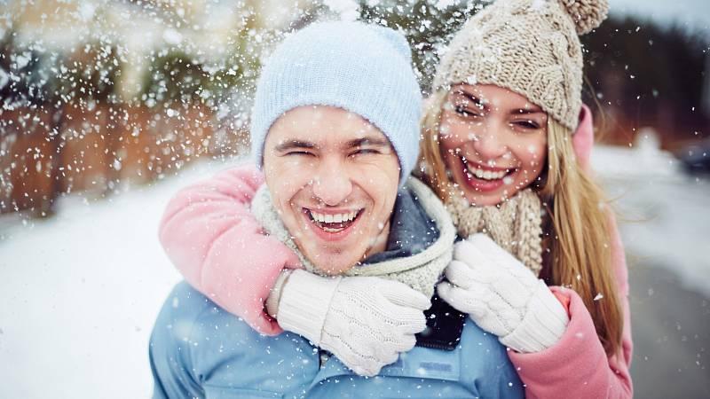 Alespoň občas bychom měli jeden pro druhého udělat něco vyjímečného. Pomůže nám to ke spokojenému manželství.