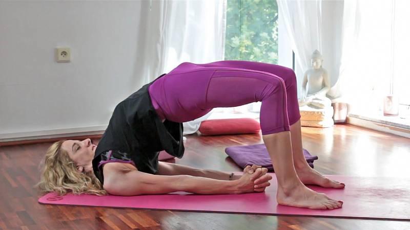 Zuzana Klingrová: letní jóga