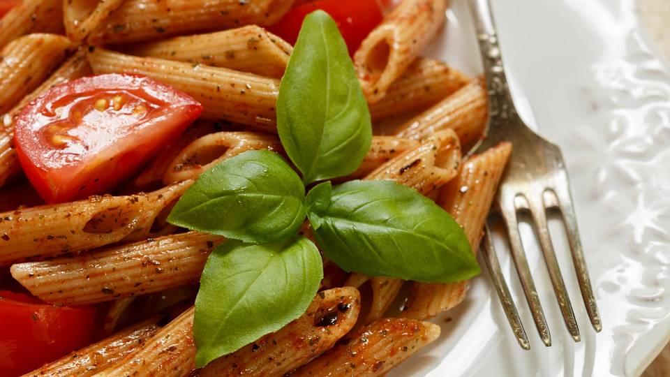 Recept: Celozrnné těstoviny s česnekem