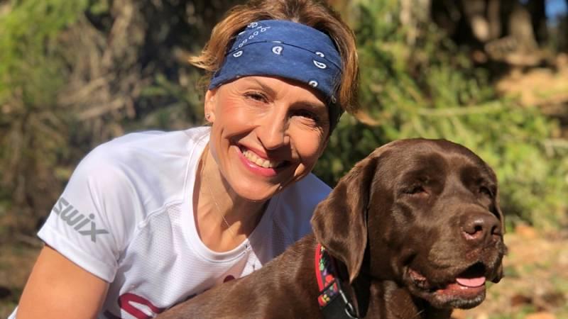 Markéta Chýňavová a její labradorka Bára