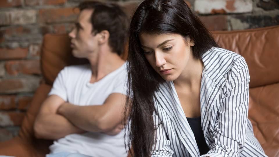 Jak aktuální doba mění naše vztahy? Komu pomohla a komu naopak?