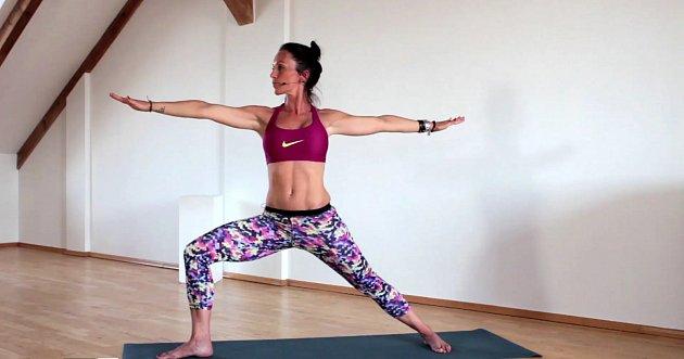 Bojujte proti bolesti vkříži pomocí jógy.