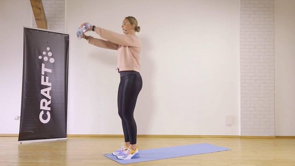 Krátký trénink (břicho, ruce, nohy)
