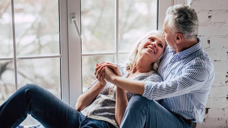 Starším ženám více záleží na lepším sexu