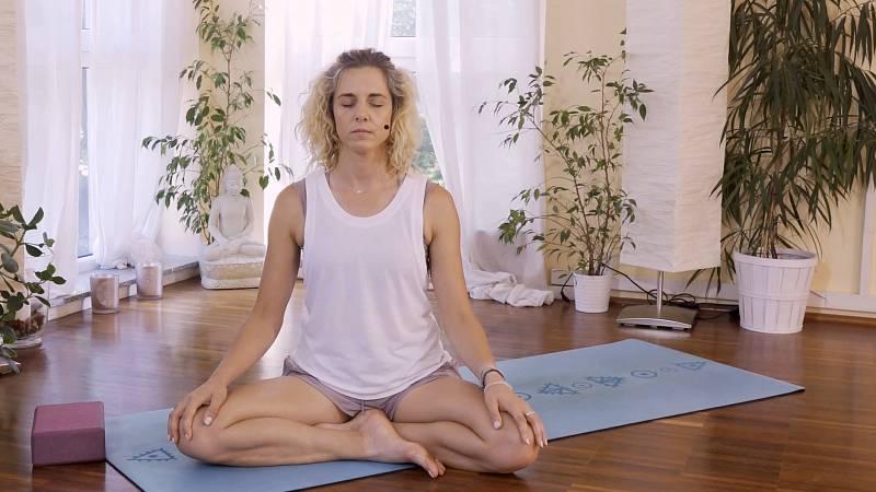 8. Cvičit, meditovat, milovat sebe