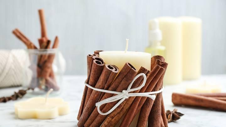 Valentýn se blíží. Překvapte letos DIY dárkem a vyrobte originální svíčku