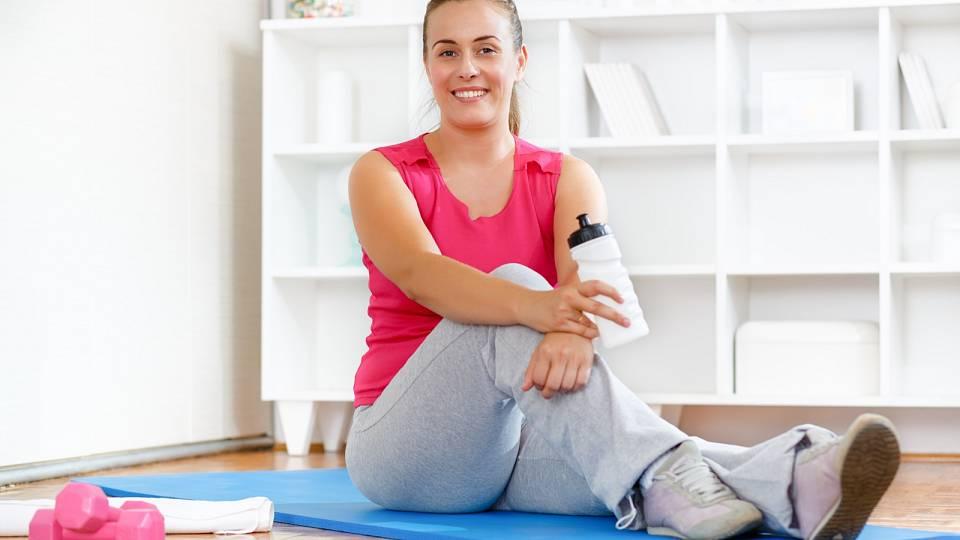 Kdy a jak začít cvičit po porodu?