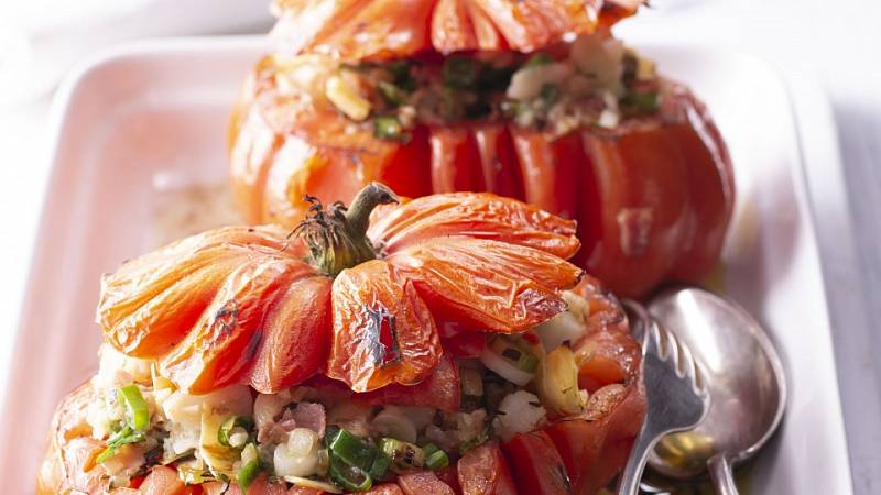 Zapečená plněná rajčata
