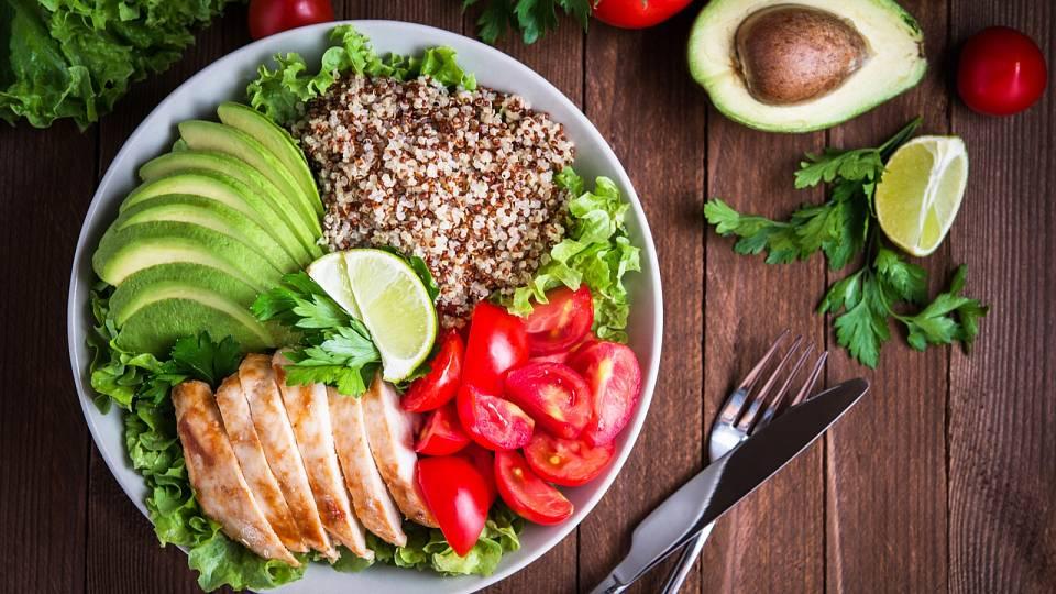 Fitness salát a co do něj nepatří