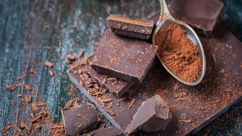 Kvalitní hořká čokoláda s vysokým obsahem kakaa je bohatá na antioxidanty.