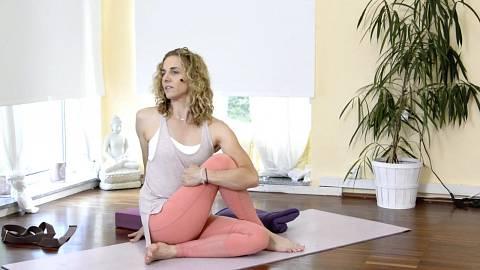 3. Cvičit, meditovat, milovat sebe