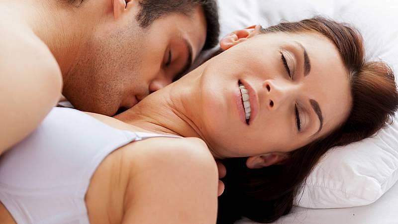 Dostáváme se do doby, kdy vznikají speciální kurzy zaměřené na sex.