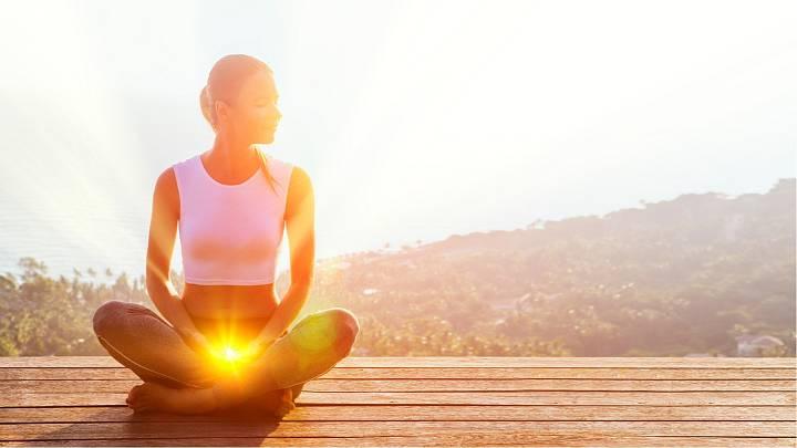 14. Cvičit, meditovat, milovat sebe