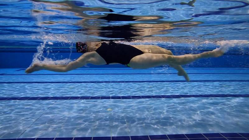 Plavecký způsob znak