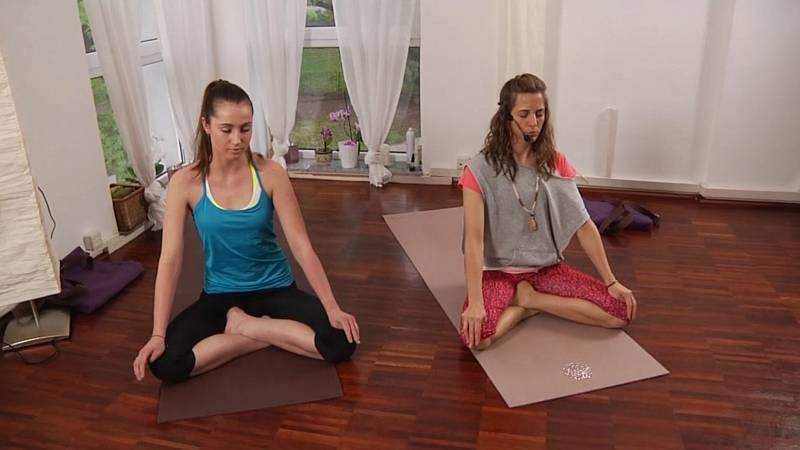 Lekce jógy, která vás zbaví jarní únavy