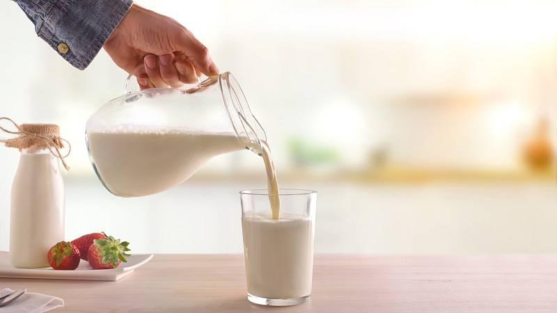 Váháte, zda dávat vašemu dítěti mléko? Záleží především na zdravotním stavu a chutích vašeho dítěte.