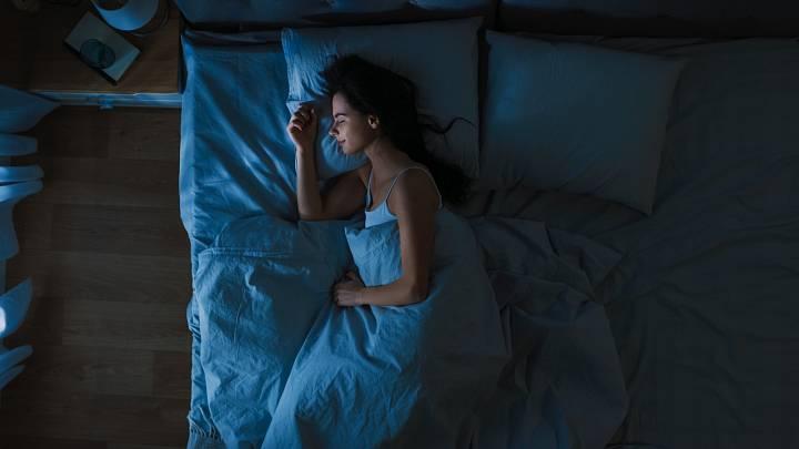 Kvalitním spánkem k hubnutí