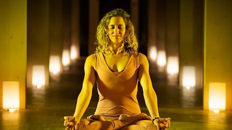 Zuzka Klingrová - tantrická meditace.
