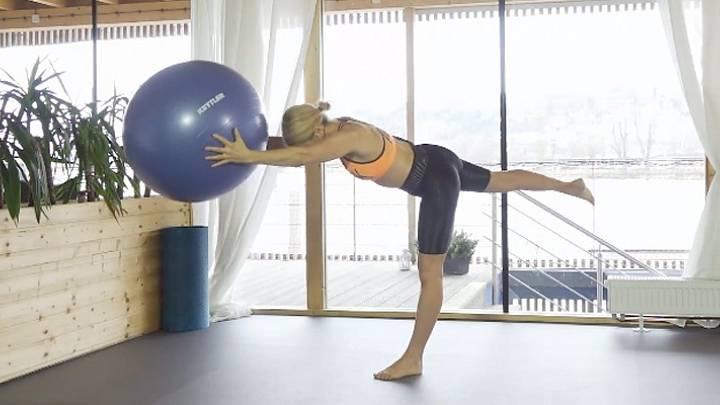 Pilates s gymnastickým míčem
