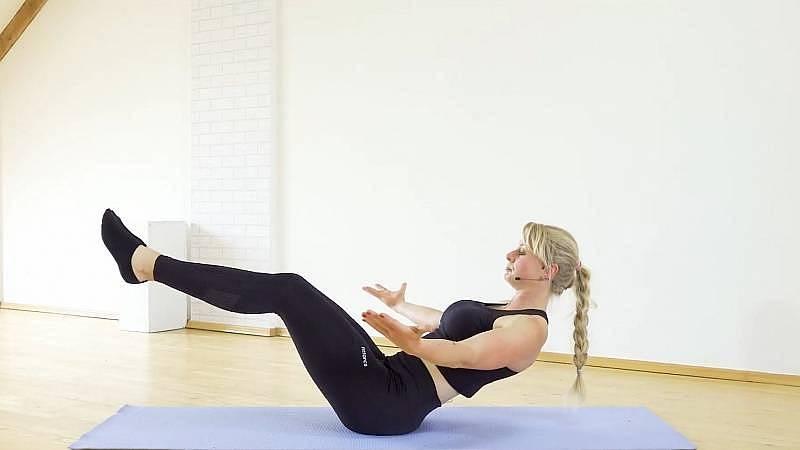 Alena Vídeňská - cvičení břicho