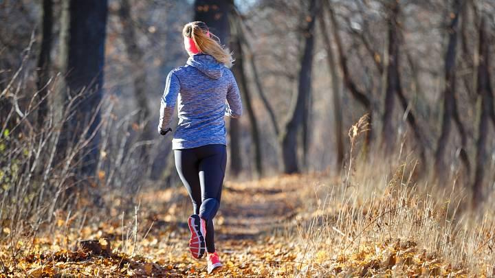 Chcete začít běhat? Poradíme vám s prvními kroky