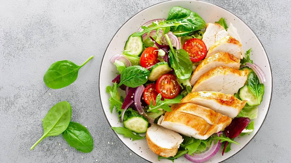 Recept: Studený kuřecí salát