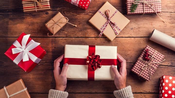 Jak vysvětit dětem, že o Vánocích nejsou dárky tím hlavním