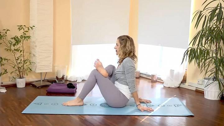 Krátká jóga při sedavém zaměstnání