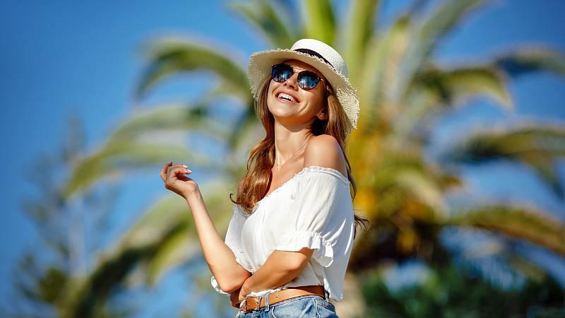 Trpíte-li hyperhidrózou, tedy nadměrným pocením, pomůže vám chirurgický zákrok. Pot zastaví botulotoxin.