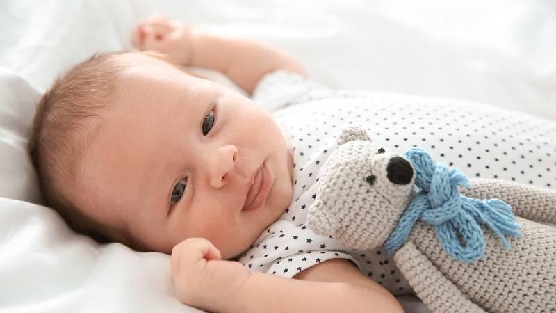 Probiotika mohou pomoci i kojencům a to zejména v prvních týdnech a měsících života pomohou proti břišním kolikám.