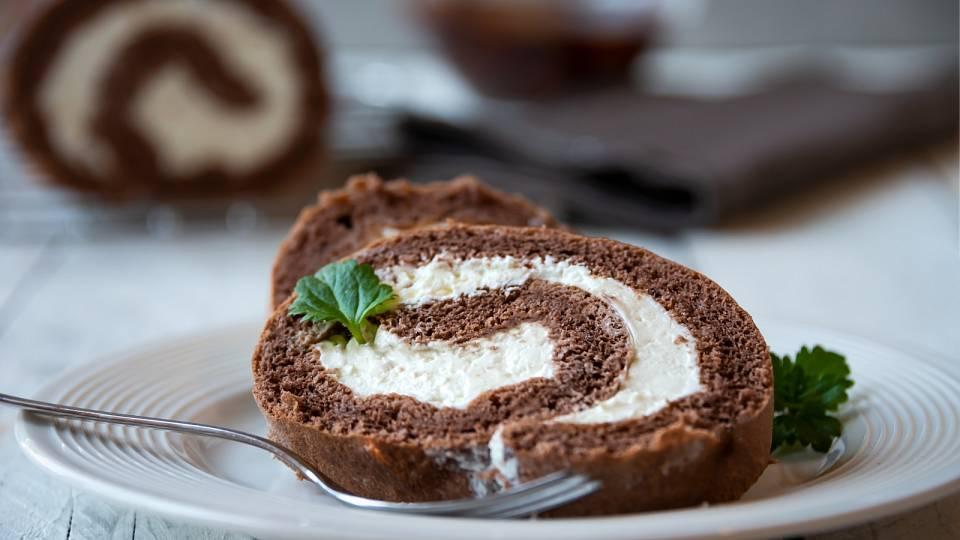 Recept: Proteinová roláda s kokosem