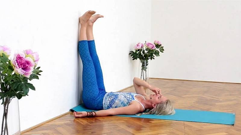 Jin jóga pro klidný spánek - cvičení vhodné pro ryby