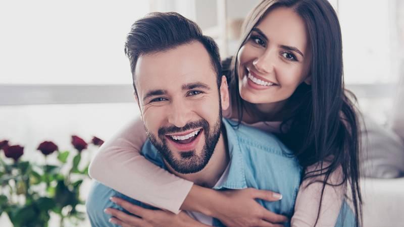 Zhruba tři procenta lidí na světě upřednostňují milostný vztah bez sexu.