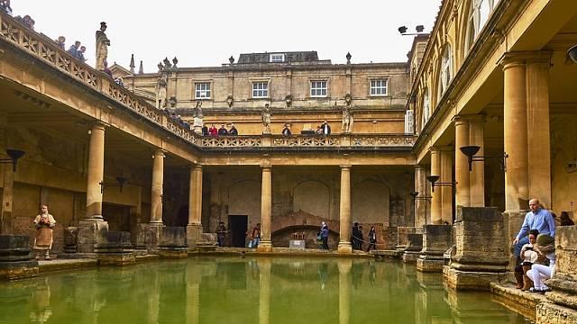 Medové město: Bath, Anglie