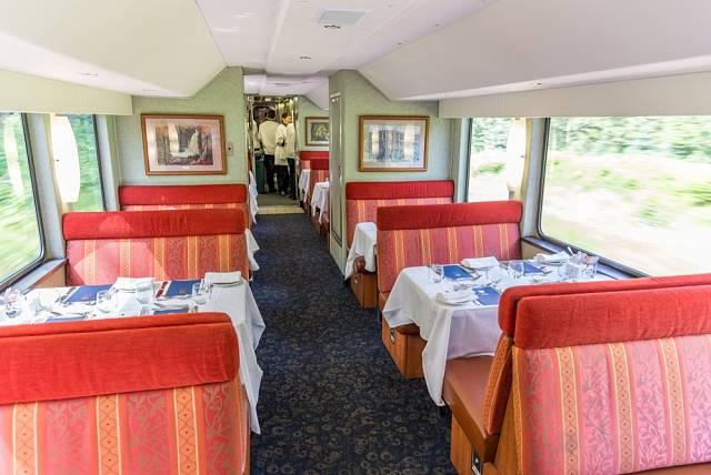 Projeďte se s vlakem Rocky Mountaineer krajinou Skalistých hor