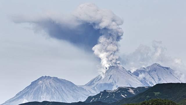 Sopečné erupce mají několik podob.