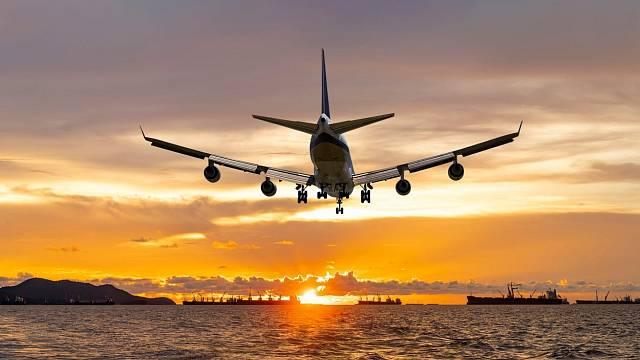 Jak velká je šance, že letadlu, ve kterém cestujete, vysadí motor?