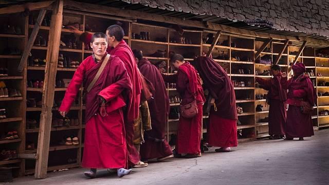 Studium v buddhistickém institutu Seda trvá 6-13 let