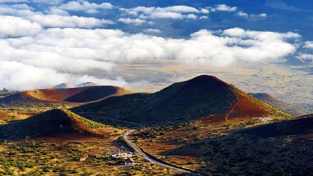 Pohled na sopku Mauna Loe na havajském Velkém otrově